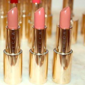 X2 BECCA Ultimate lipstick love in Dune & Bare